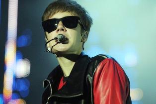 """Justin Bieber canceló un encuentro con sus fans por sentirse """"exhausto e infeliz"""""""