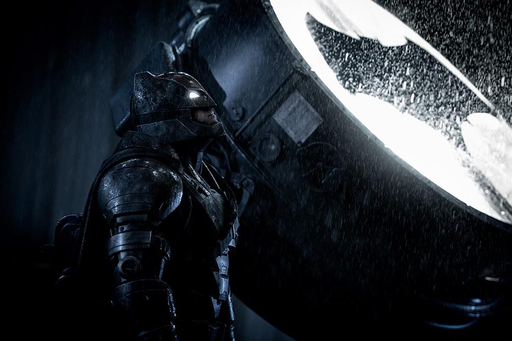 Snyder empezó a filmar la cinta, pero en 2016 dejó el rodaje inconcluso debido a un conflicto familiar.