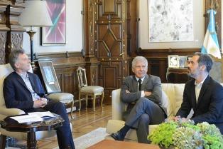 Macri recibió a científicos argentinos que estudian las ondas gravitacionales