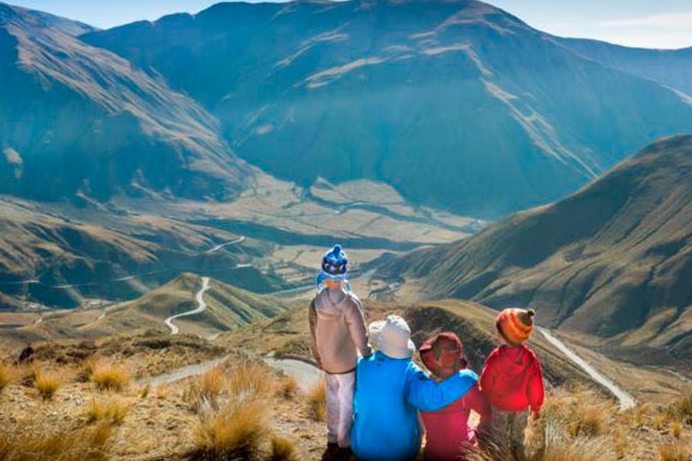 """""""El proceso de gestión del plan abordará los recursos autóctonos y culturales para convertirlos en productos turísticos con el menor impacto ambiental"""", explicó la secretaria de Turismo de Salta, Nadia Loza."""