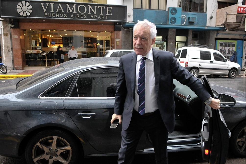 Víctor Blanco fue reelecto presidente de Racing Club