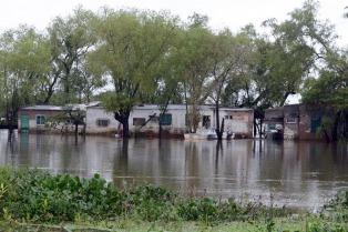 La costa santafesina está en emergencia por la crecida del Paraná y las lluvias