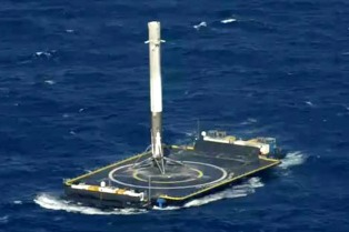 Space X logró otra vez aterrizar un cohete en una plataforma marina