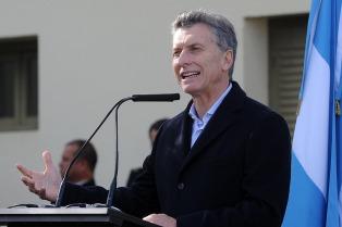 Macri  prometió que se van a desarrollar 5.000 kilómetros de fibra óptica