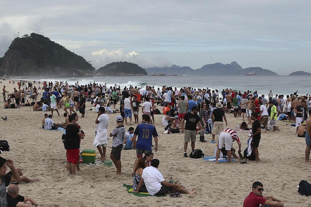 Playas colmadas en Río de Janeiro