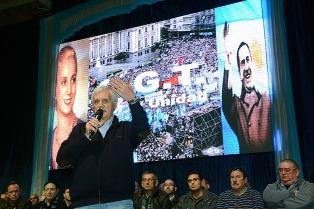 Caló aseguró que la CGT no irá al paro por el veto de Macri y respaldó la unidad de la central obrera