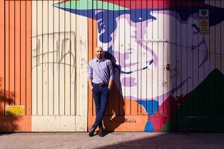 Marcelo Ezquiaga presenta el disco en el que rescata el costado pop de Gardel