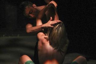 El desnudo como elemento estético y polémico en la 31a. Fiesta Nacional del Teatro