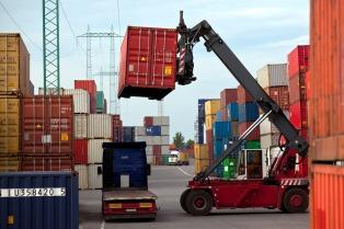 El intercambio comercial de febrero dejó un superávit de US$ 1.129 millones