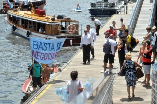EL SOMU declara paro por tiempo indeterminado en el servicio de lanchas y catamaranes