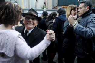 """Reclaman una ley para apoyar la milonga: """"Es el alma de Buenos Aires"""""""