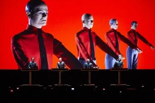La justicia porteña derogó la prohibición y se realizará el show de Kraftwerk en el Luna Park
