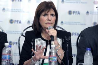 Más controles para impedir el ingreso de extranjeros con antecedentes por delitos federales