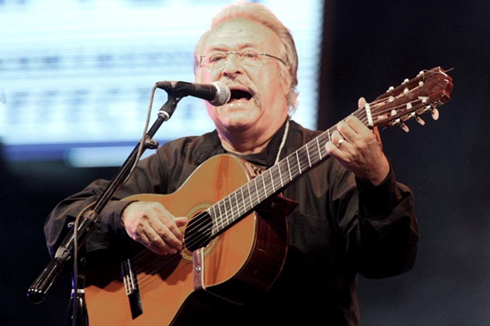 El músico, compositor y cantor salteño inició su carrera a los 12 años.