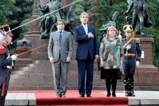 Preocupado por Venezuela, John Kerry pidió no demorar el referendo revocatorio