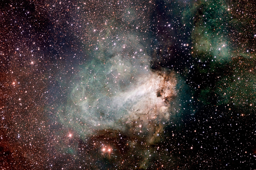 Las galaxias están formadas por lo que los científicos denominan materia oscura, de naturaleza desconocida e invisible. Foto archivo.