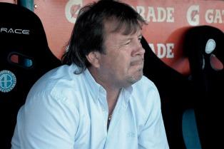 """El mediocampista Cerro consideró """"muy positivo"""" el comienzo de Zielinski en Racing"""