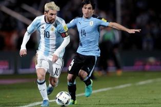 """Ortega defendió a la """"Pulga"""": """"Critican a Messi los que no entienden de fútbol"""""""