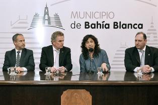 """La ministra de Salud bonaerense presentó en Bahía Blanca el programa """"Quiero ser residente"""""""