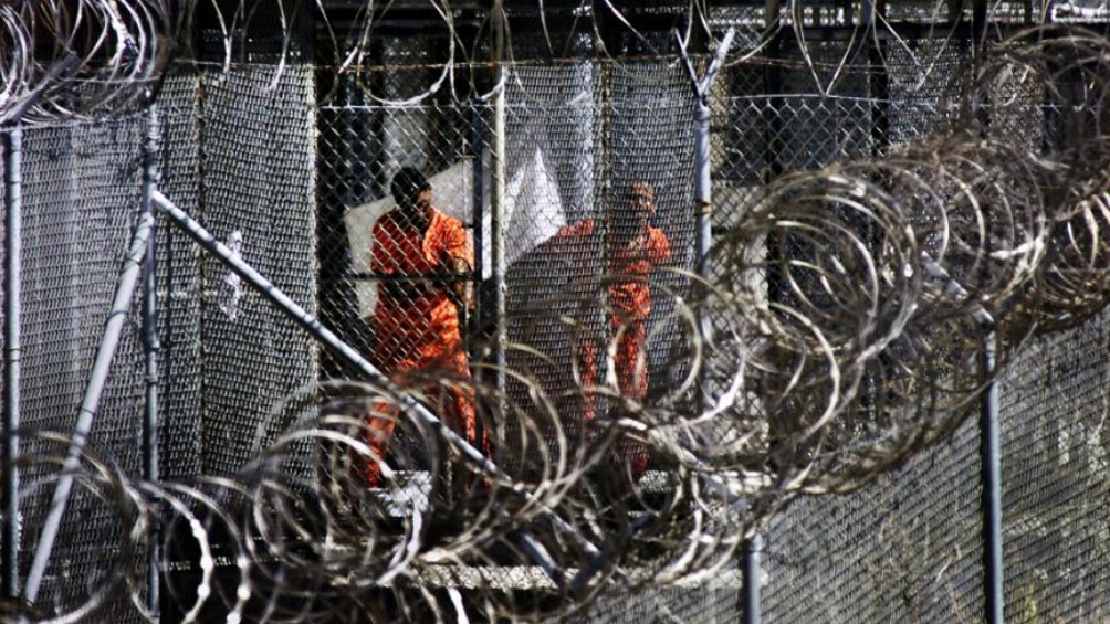 La base militar de Guantanamo es el lugar a donde envían a los sospechosos de terrorismo.