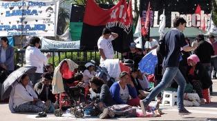 Reunión con tres ministerios por el acampe en Plaza de Mayo