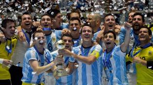 Los campeones mundiales de futsal retornaron al país