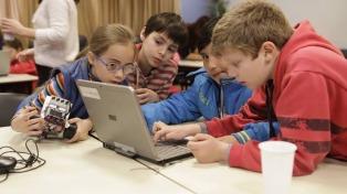 """Presentan a """"Robotito"""", el curso gratuito de robótica para chicos y chicas"""