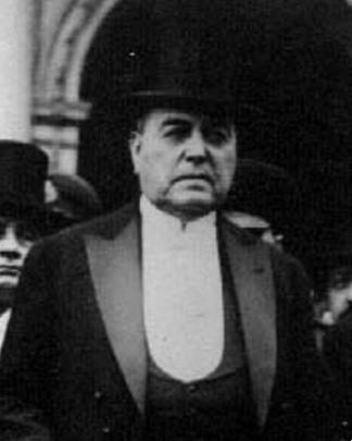Yrigoyen, el primer jefe de Estado electo por el voto universal.
