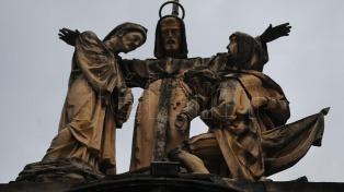 Entidades italianas ofrecieron una misa para desagraviar la memoria de Colón