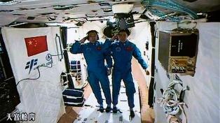 Primera caminata espacial de los astronautas de la estación china