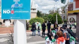La provisión de 600 litros de agua potable envasada evitó que cierre la República de los Niños