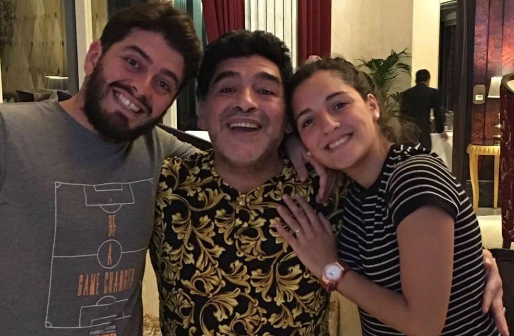 Diego Jr, Diego Armando Maradona y Jana Maradona.