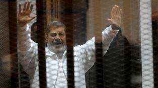 La justicia anuló la perpetua al ex presidente Mursi por espionaje