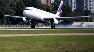 Trabajo dictó la conciliación obligatoria en el conflicto de los pilotos con Latam