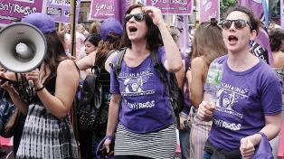De cara al paro del 8M, escritoras y periodistas analizan los desafíos del movimiento de mujeres