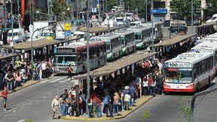 """Transporte, recolección de basura y puertos quedarán afectados por las """"asambleas"""" de trabajadores"""