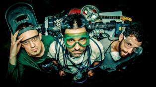 """El trío Buceador Voltio invita a un complejo e """"inclusivo"""" viaje musical en su disco debut"""