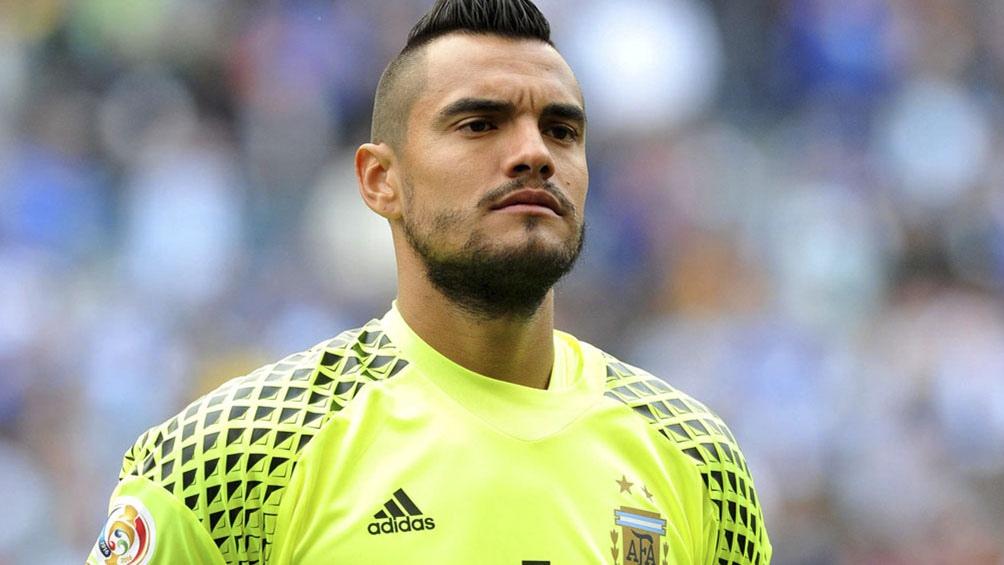 """Romero, el arquero con mayor cantidad de presencias en la Selección de la historia, piensa en regresar a vestir la """"albiceleste"""" (foto archivo)"""