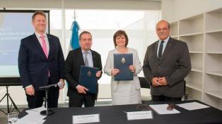 Lino Barañao y Patricia Bullrich firmaron un convenio para aunar esfuerzos en ciberseguridad