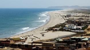 Perú cierra las playas hasta el 4 de enero para evitar más contagios de coronavirus