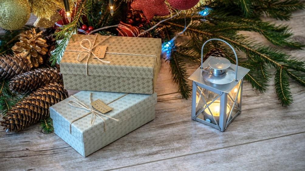 Para las compras de los regalos de las Fiestas, bancos públicos y privados compiten con sus promociones.