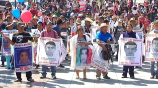 Autoridades mexicanas identifican restos de uno de los 43 desaparecidos de Ayotzinapa