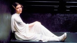 Los restos de Carrie Fisher fueron depositados en una urna con forma de Prozac