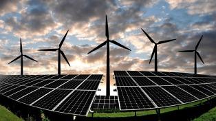 Presentaron en Abu Dhabi los avances y oportunidades de inversión en energías renovables