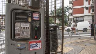 Los usuarios se quejan ante el aumento de la tarifa de los parquímetros