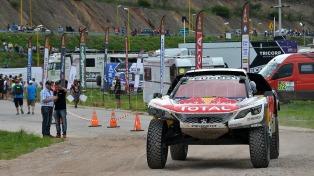 Peugeot volvió a copar el podio y Loeb es el nuevo líder