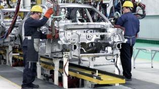 La producción de vehículos cayó en marzo 34,4% anual por el impacto del coronavirus