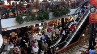 Segundas marcas, promociones y programas de precios moderaron la caída de las ventas
