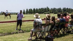 Polo, asado y un día de campo, la experiencia que subyuga a los turistas extranjeros