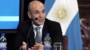 Arribas pidió a la justicia federal que investigue sus cuentas bancarias en la Argentina
